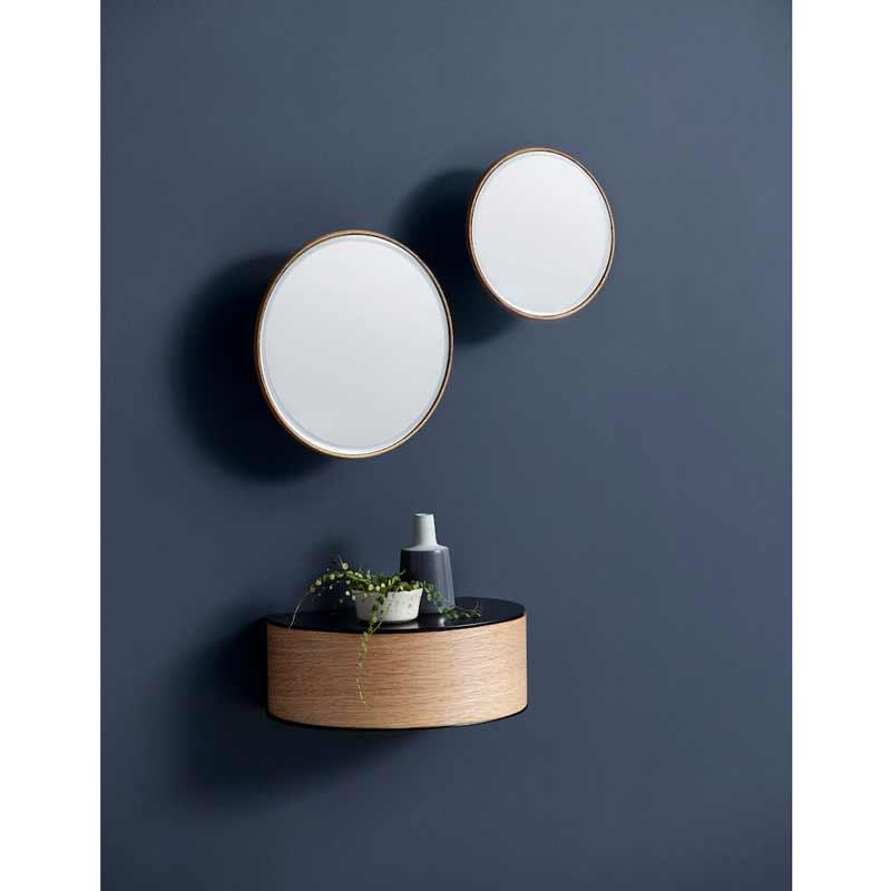 Woud Wallie metalhylde med egetræsskuffe - Et helt genialt entremøbel