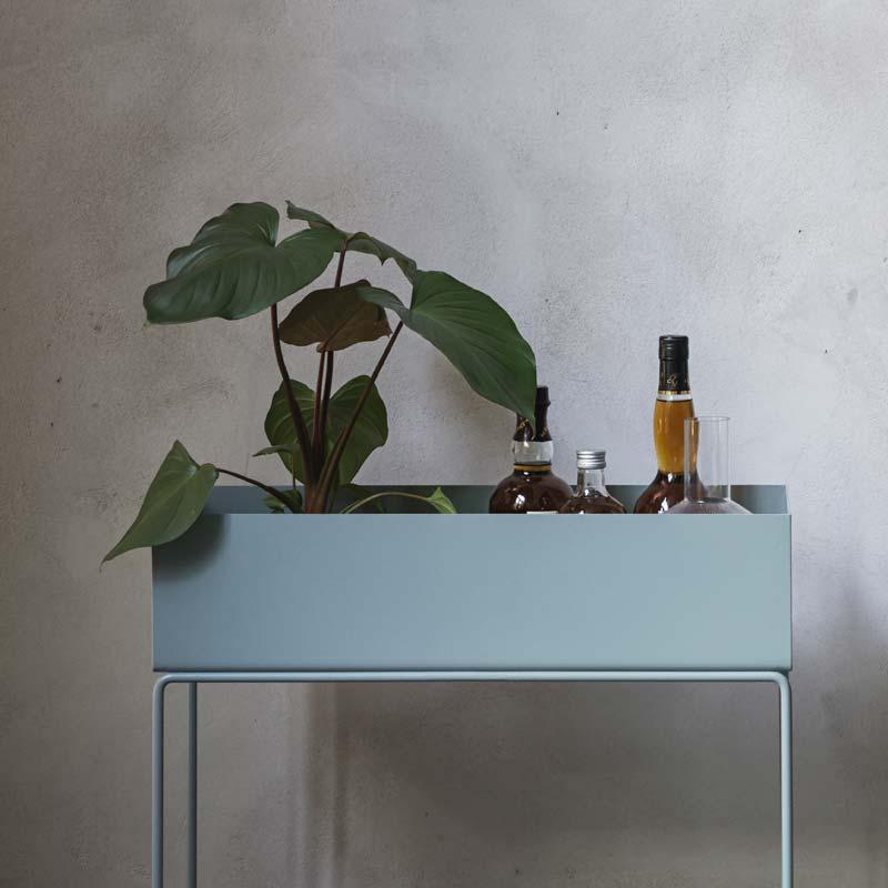 Modernistisk Ferm Living plant box er vor tids plantekasse LM-74